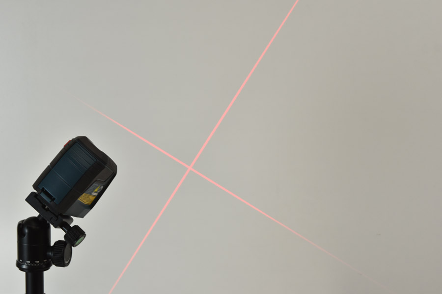 Bosch GLL 30 S Self Leveling Cross Line Laser Level