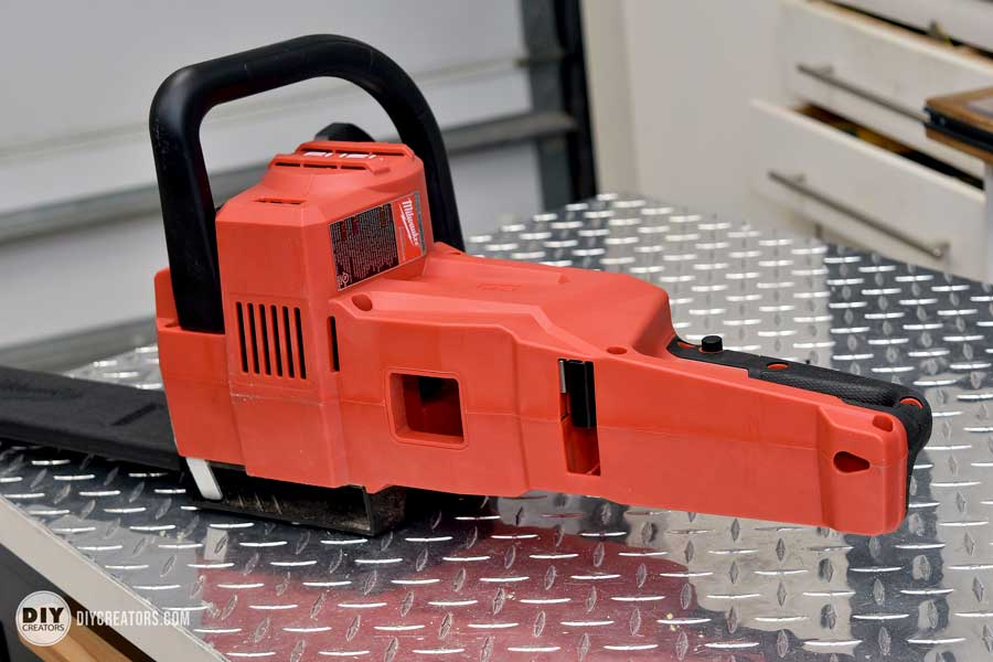 M18 FUEL Cordless Chainsaw - sparkling